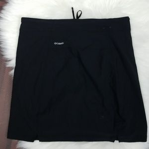 Columbia Shorts - COLUMBIA Omni Shield Black Skort
